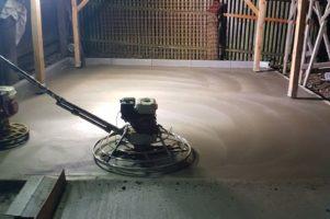 Leštěný beton se vsypem – Tišnov